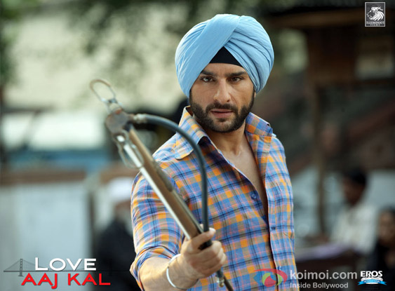 Saif Ali Khan in a still from Love Aaj Kal Movie