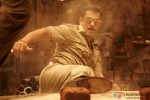 Salman Khan does some action stunts in Dabangg 2 Movie Stills