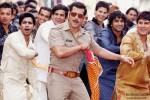 Salman Khan in a still from 'Dagabaaz Re' song in Dabangg 2 Movie Stills