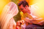 Salman Khan peeks into Sonakshi Sinha's ghungat in Dabangg 2 Movie Stills