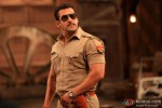 Salman Khan poses in Cop Avatar in Dabangg 2 Movie Stills
