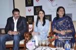 Sanjay Dutt, Namrata Dutt And Priya Dutt At Nargis Dutt Memorial Press Meet Pic 1