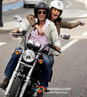 Shah Rukh Khan And Anushka Sharma In Jab Tak Hai Jaan Movie Stills