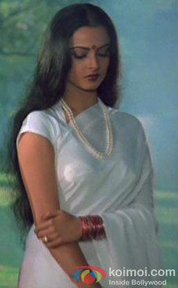 Rekha in a still from Silsila Movie