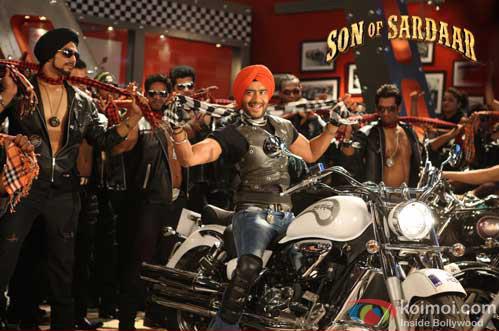 Ajay Devgn in a still from Son Of Sardaar Movie