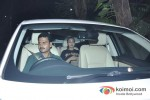 Sonakshi Sinha snapped leaving Ajay Devgn's bungalow after celebrating Diwali Pic 1
