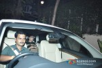Sonakshi Sinha snapped leaving Ajay Devgn's bungalow after celebrating Diwali Pic 2