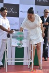 Sonakshi Sinha and Milan Luthria at Gitanjali Race Pic 05
