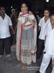 Sonam Kapoor Celebrates Diwali With Father Anil Kapoor Pic 1