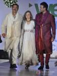 Suresh Oberoi, Kia Scherr And Vivek Oberoi Walk The Ramp At Global Peace Fashion Show Pic 2