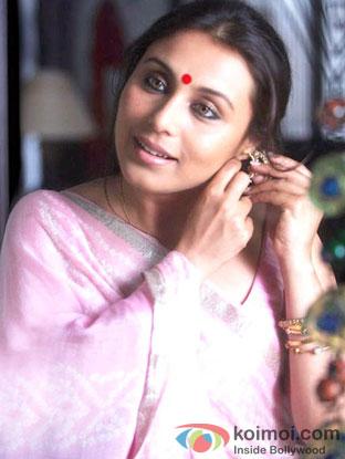 Rani Mukerji in a still from Talaash Movie