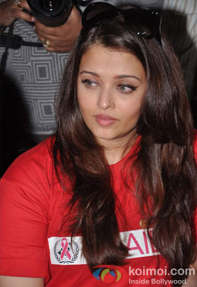 Aishwarya Rai Bachchan Celebrates World AIDS Day