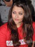 Aishwarya Rai Bachchan on World AIDS Day for UNAIDS Pic 4