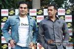 Arbaaz Khan And Salman Khan at Dabangg 2 Press Meet in Delhi Pic 1