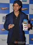 Hrithik Roshan unveils Hotwheels Vending Machine Pic 5