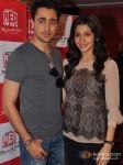 Imran Khan and Anushka Sharma promote Matru Ki Bijlee Ka Mandola at Red FM Pic 3