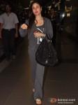 Kareena Kapoor Spotted at the Airport Pic 2