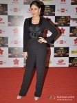 Kareena Kapoor walk the Red Carpet of Big Star Awards Pic 2