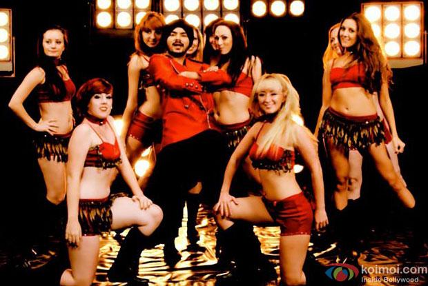 Gurdeep Mehndi in Meri Shadi Karao Movie Stills