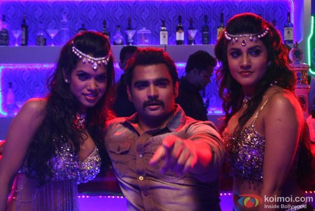 Sachiin J Joshi in a still from Mumbai Mirror Movie