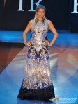 Paris Hilton walks for Shane & Falguni at India Resort Fashion Week 2012 Pic 4