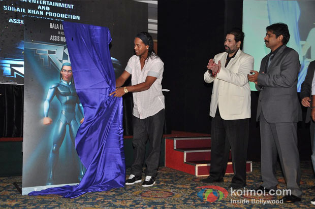 Ronaldinho Unveils Balaji Entertainment's 'R10: The Movie' Pic 10