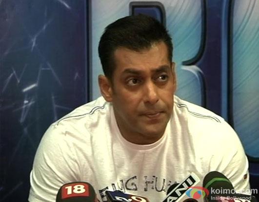 Salman Khan talks about Aamir Khan's Talaash