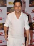 Sujoy Ghosh walk the Red Carpet of Big Star Awards
