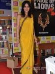 Tulip Joshi launch Vinod Nair's book Pic 3