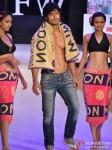 Vidhyut Jamwal walks for Welspun at India Resort Fashion Week 2012 Pic 2