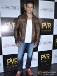 Vivek Oberoi Attend 'The Impossible' Movie Pres Meet Pic 5