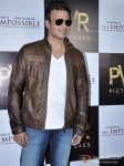 Vivek Oberoi Attend 'The Impossible' Movie Pres Meet Pic 2