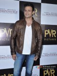 Vivek Oberoi Attend 'The Impossible' Movie Pres Meet Pic 1