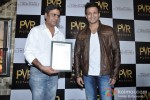 Vivek Oberoi Attend 'The Impossible' Movie Pres Meet Pic 8