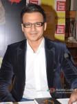 Vivek Oberoi launch Vinod Nair's book Pic 4