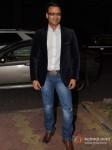 Vivek Oberoi launch Vinod Nair's book Pic 9