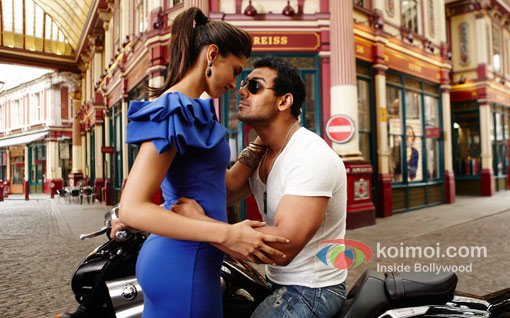 Birthday Special: Deepika Padukone's Hottest On Screen ...