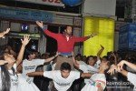Leander Paes Dances in Flash Mob and Promotes 'Rajdhani Express' Pic 11