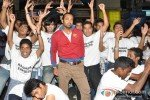 Leander Paes Dances in Flash Mob and Promotes 'Rajdhani Express' Pic 2