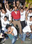 Leander Paes Dances in Flash Mob and Promotes 'Rajdhani Express' Pic 3