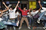 Leander Paes Dances in Flash Mob and Promotes 'Rajdhani Express' Pic 4