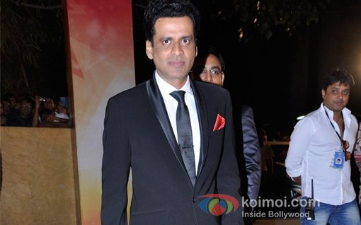 Manoj Bajpai At Walk The Red Carpet Of Filmfare Awards 2013