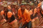 Sachiin Joshi dances in 'Govinda Ala Re' song in Mumbai Mirror Movie Stills
