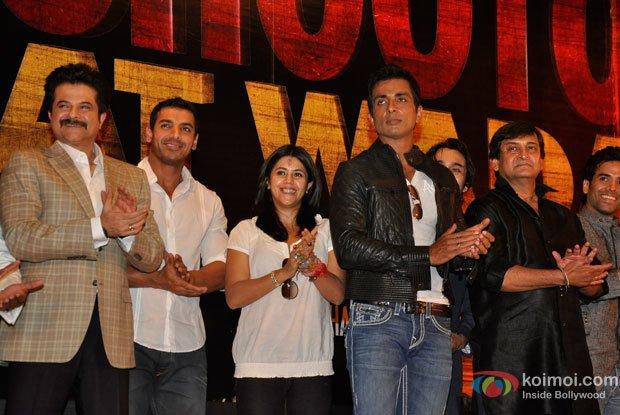 Anil Kapoor, John Abraham, Ekta Kapoor, Sonu Sood, Mahesh Manjrekar and Tusshar Kapoor at Shootout At Wadala Event