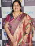 Anuradha Paudwal walk the Red Carpet of 'Mirchi Music Awards' 2013