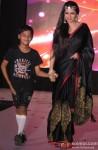 Bhagyashree At Smile Foundation Fashion Show Pic 2