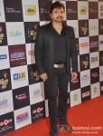 Himesh Reshammiya walk the Red Carpet of 'Mirchi Music Awards' 2013