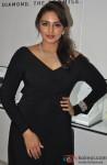 Huma Qureshi unveils Forevermark Encordia diamond range Pic 2