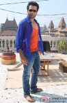 Jackky Bhagnani Dancing 'Gangnum Style' on the sets of 'Rangrezz' Pic 1
