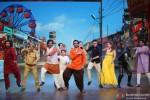 Jackky Bhagnani dancing with television actors Santosh Shukla, Kamya Punjabi, Sumeet Raghavan and Urvashi Dholakia on the sets of 'Nautanki - The Comedy Theatre' show Pic 2